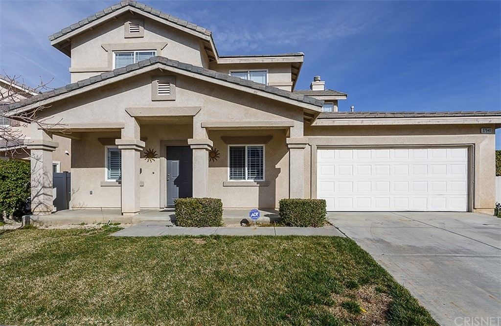 Property for sale at 37040 Sabal Avenue, Palmdale,  CA 93552