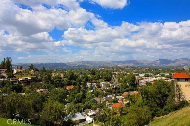 5252 DARRO Road, Woodland Hills CA 91364