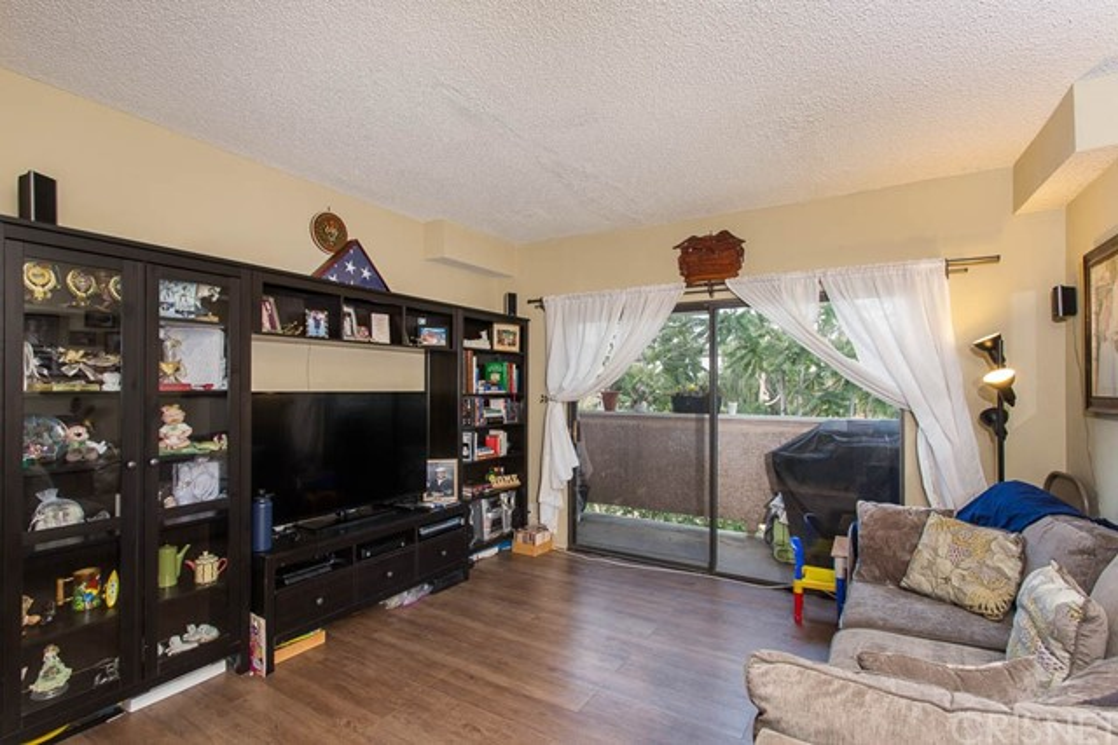 10943 Laurel Canyon Boulevard Unit B13 San Fernando, CA 91340 - MLS #: SR18165721