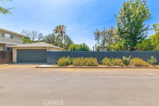 3309 Tareco Drive, Los Angeles CA: http://media.crmls.org/mediascn/9ee804ef-2502-4723-b598-8c2c77a5b6cd.jpg