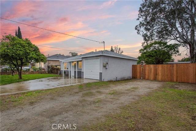 Single Family Home for Sale at 10259 Vena Avenue Arleta, California 91331 United States