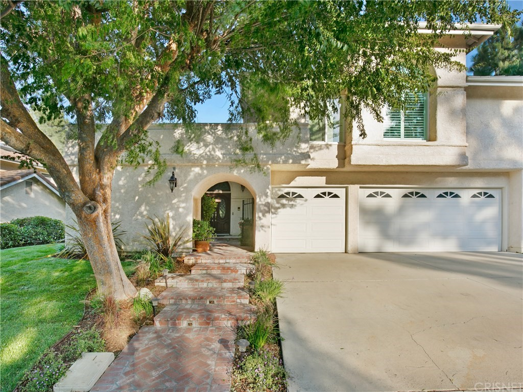 Photo of 24216 CREEKSIDE Drive, Newhall, CA 91321