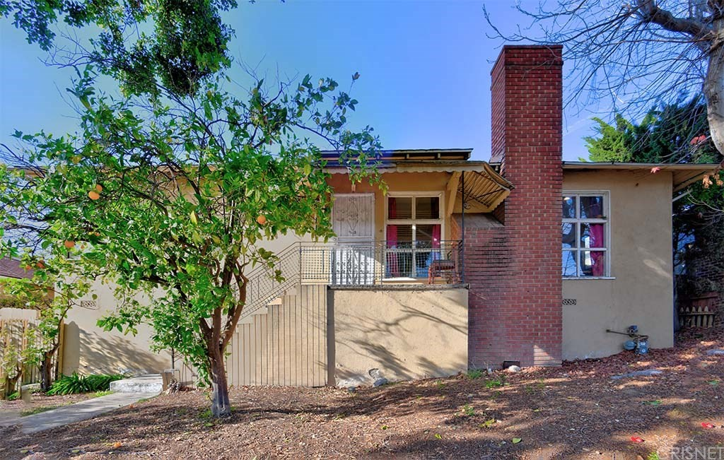 Property for sale at 9741 Alcott Street, Los Angeles,  CA 90035