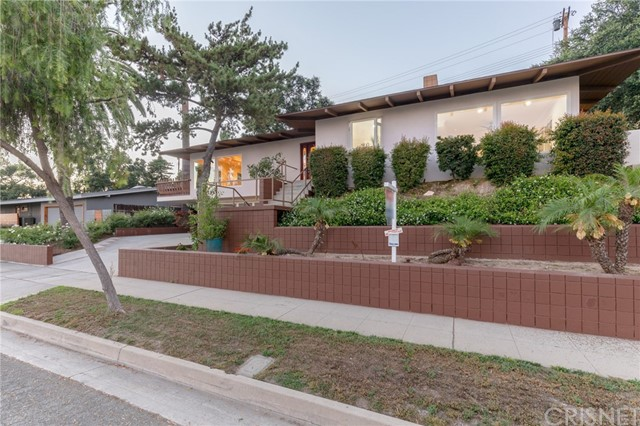 3805 Ranch Top Rd, Pasadena, CA 91107 Photo 3