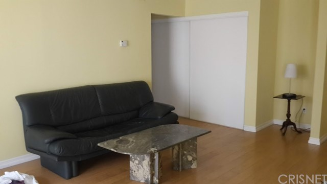 1750 Camino Palmero St, Los Angeles, CA 90046 Photo 3