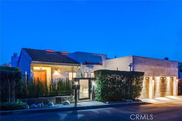 15059 Rayneta Drive, Sherman Oaks CA 91403