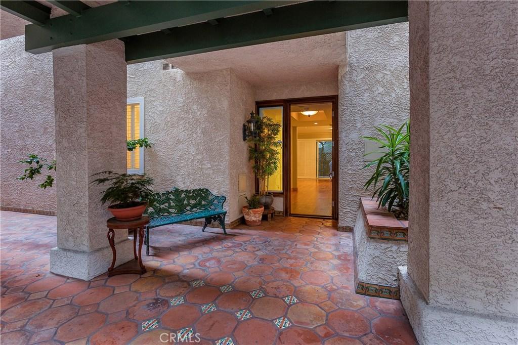 Photo of 502 SAN VICENTE BOULEVARD #103, Santa Monica, CA 90402