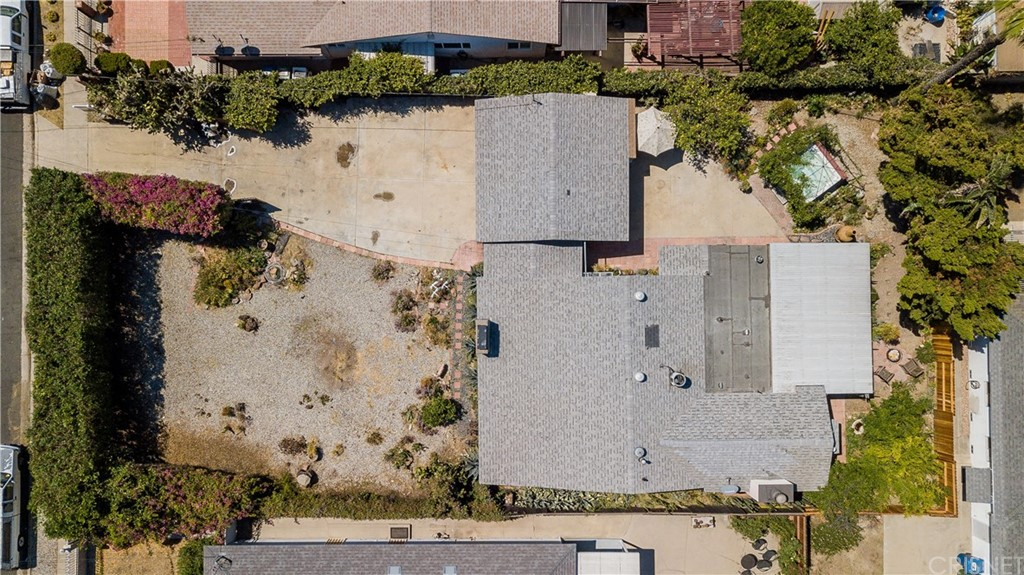 Photo of 7019 BELLAIRE AVENUE, North Hollywood, CA 91605
