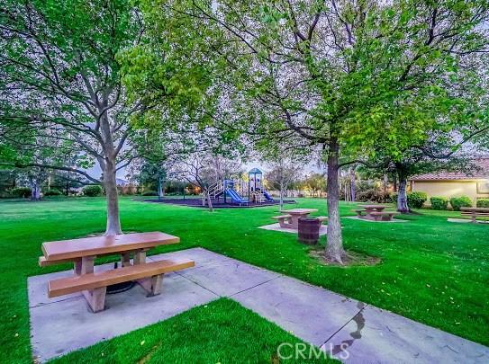 11760 Mariposa Bay Lane, Porter Ranch CA: http://media.crmls.org/mediascn/9fe24ea2-2026-42cd-9eea-c08865efc64d.jpg
