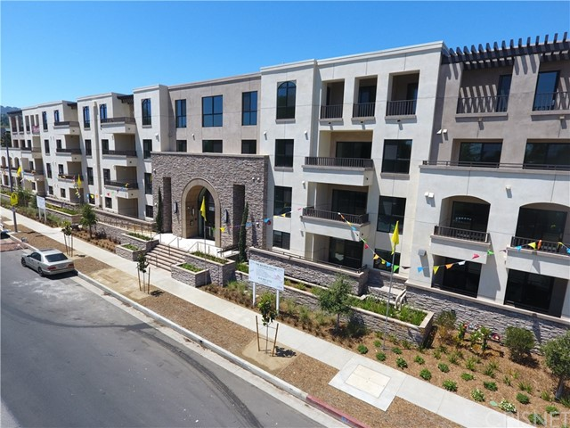 5015 Balboa Boulev 108 Encino, CA 91316 is listed for sale as MLS Listing SR17273661