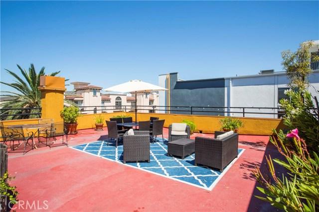 828 N Hudson Avenue, Los Angeles CA: http://media.crmls.org/mediascn/a06456a1-7ca1-44b2-a857-2bf7cb3b0462.jpg