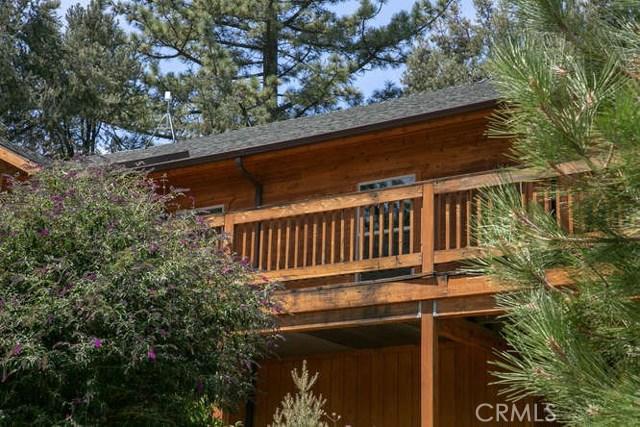 15312 Mil Potrero, Pine Mtn Club CA: http://media.crmls.org/mediascn/a12f5818-f8e7-44a1-af48-dd95b1b13007.jpg