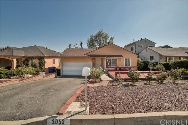 3052 Alabama Street La Crescenta, CA 91214 is listed for sale as MLS Listing SR16120624