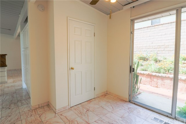 12662 Jimeno Avenue, Granada Hills CA: http://media.crmls.org/mediascn/a1375513-07b3-433d-bffc-9a3538f3ced9.jpg