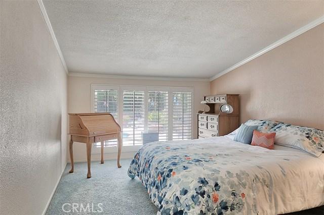 17400 Trosa Street, Granada Hills CA: http://media.crmls.org/mediascn/a1710615-f691-4706-a373-ccccb0099413.jpg