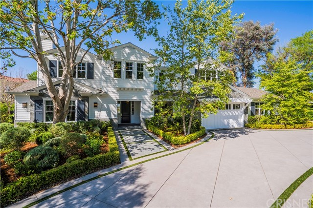 4760 Amigo Avenue , CA 91356 is listed for sale as MLS Listing SR18104417