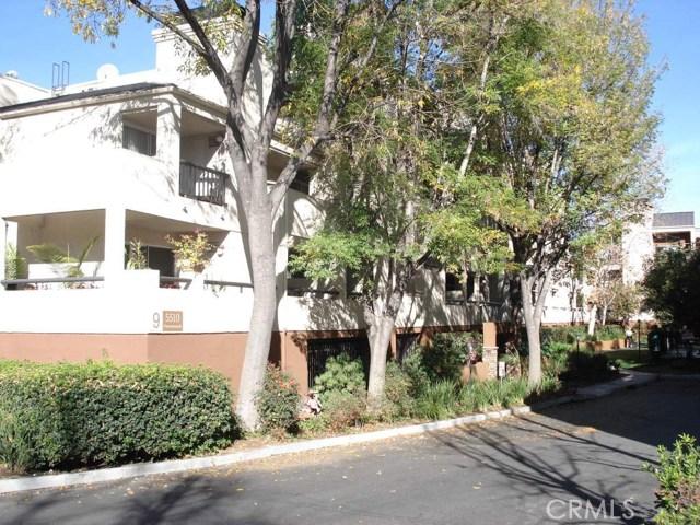 5510 Owensmouth Avenue, Woodland Hills CA: http://media.crmls.org/mediascn/a1f129ad-0649-4c93-90d0-373838c78291.jpg