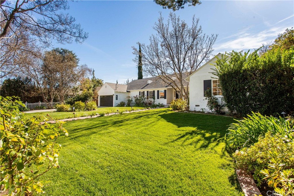 Photo of 15210 GREENLEAF Street, Sherman Oaks, CA 91403