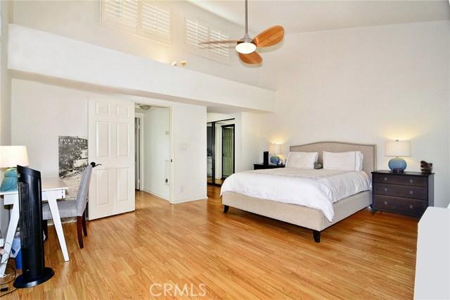 18701 Hatteras Street Unit 15 Tarzana, CA 91356 - MLS #: SR18113041