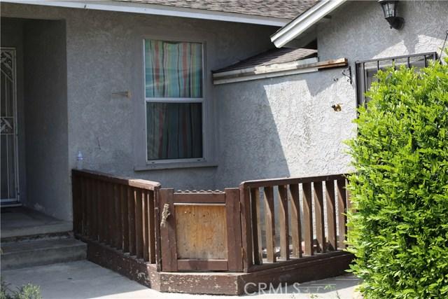 11750 214th Street, Lakewood CA: http://media.crmls.org/mediascn/a2b569c5-fa74-4d58-8cfd-f527427a77b6.jpg