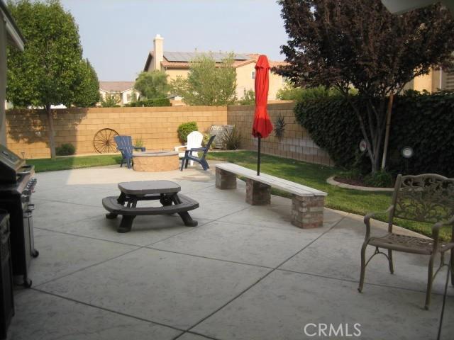 5800 W Avenue K14, Lancaster CA: http://media.crmls.org/mediascn/a3319be6-a781-4685-b6f4-38ace1bf1c6e.jpg