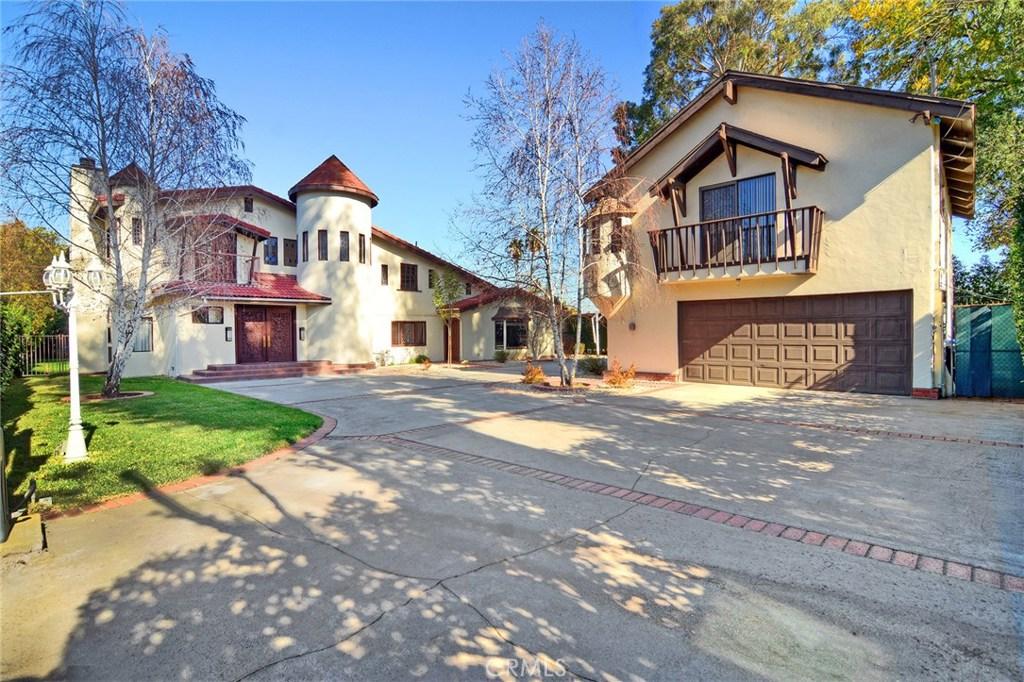 5252 Topeka Drive, Tarzana, CA 91356