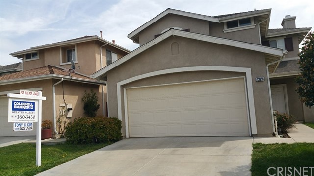 Single Family Home for Rent at 13956 Ginger Lane San Fernando, California 91340 United States