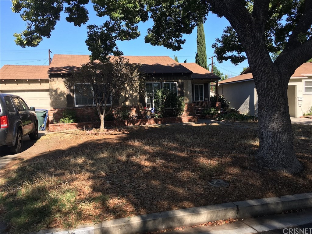 1918 N MAPLE Street, Burbank, CA 91505