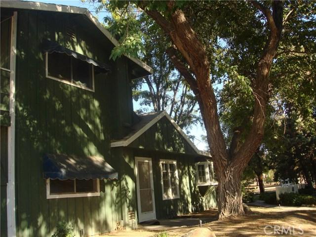 2011 Carson Mesa Road, Acton CA: http://media.crmls.org/mediascn/a39b0bcd-1878-444a-8e25-ae7f390c3b1d.jpg