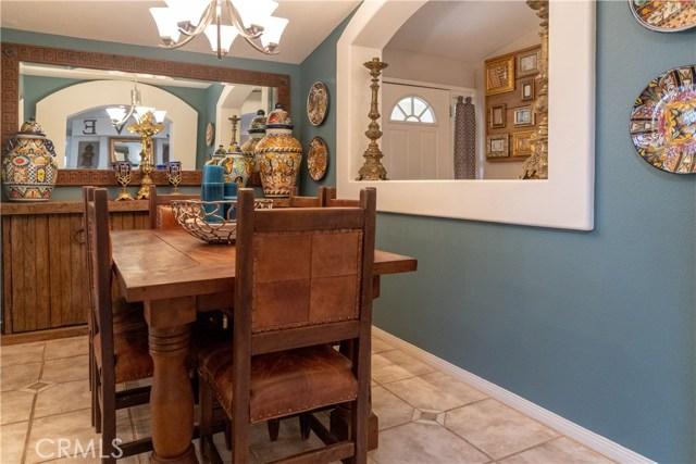 17219 Warrington Drive, Granada Hills CA: http://media.crmls.org/mediascn/a3a57b4d-c1ca-429d-a2ce-a5c61c86148e.jpg