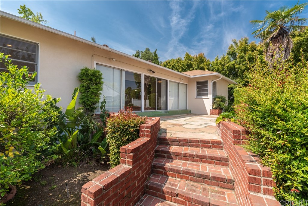 4240 LOWELL Avenue, La Crescenta, CA 91214