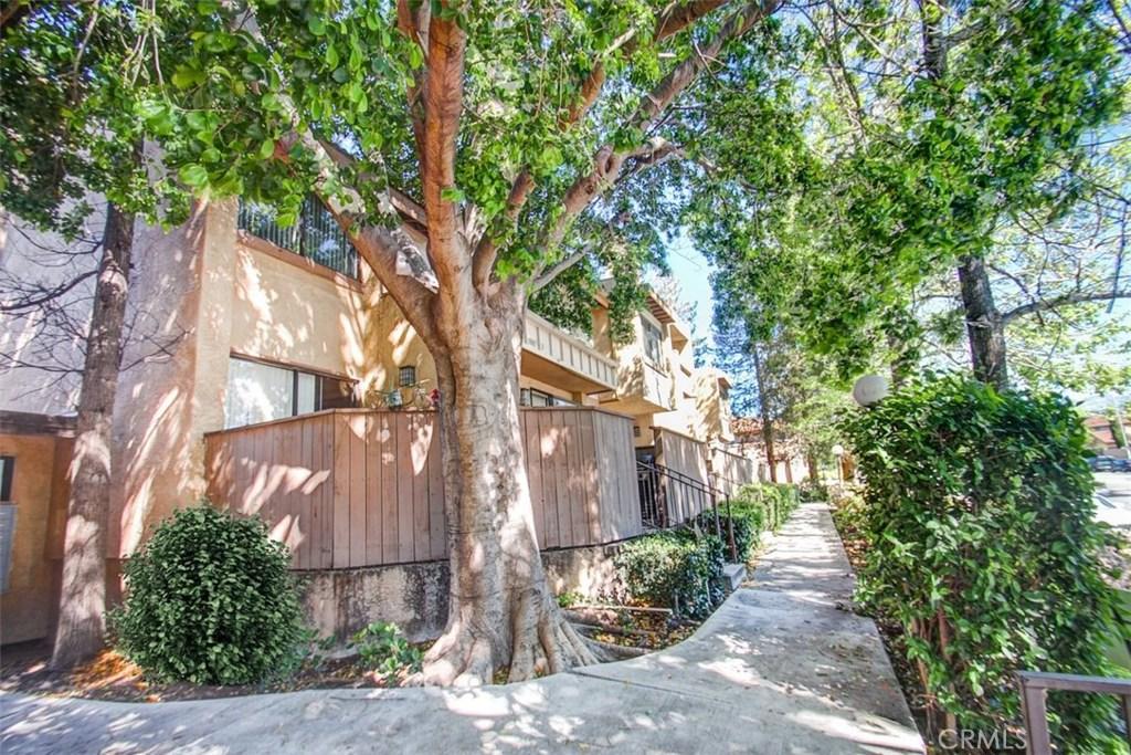 10007 TOPANGA CANYON Boulevard 14, Chatsworth, CA 91311