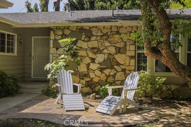 14331 Killion Street, Sherman Oaks CA: http://media.crmls.org/mediascn/a3fd9783-f626-438a-8099-e38dc147f1af.jpg