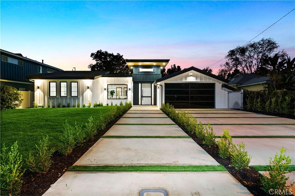 Photo of 5517 MAMMOTH Avenue, Sherman Oaks, CA 91401