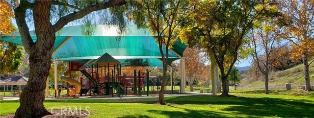 23963 Arroyo Park Drive, Valencia CA: http://media.crmls.org/mediascn/a45e7223-c14d-4b70-be60-72a161669368.jpg