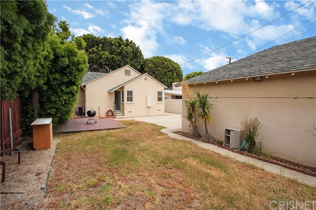 1044 Chelsea Ave, Santa Monica, CA 90403 photo 12