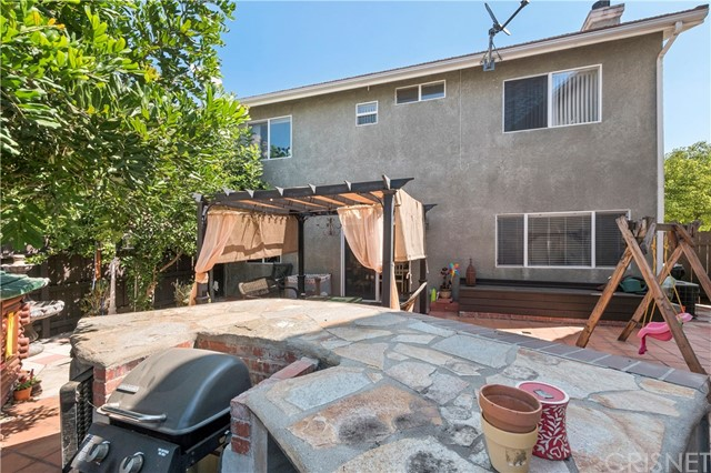 12359 Twilight Avenue, Sylmar CA: http://media.crmls.org/mediascn/a49779e2-14cc-4962-8c7f-22a486d9bbd4.jpg