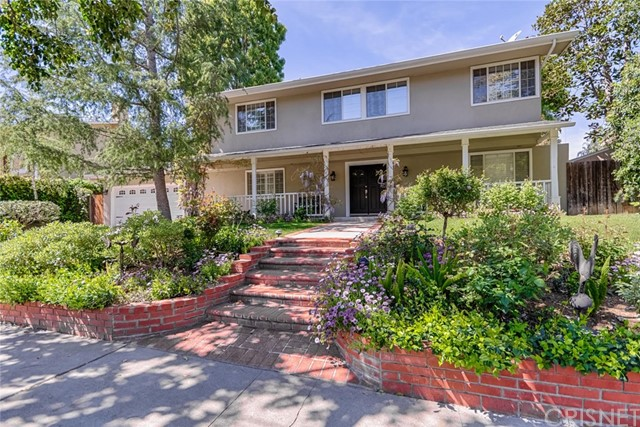 5425 Rozie Avenue, Woodland Hills CA 91367