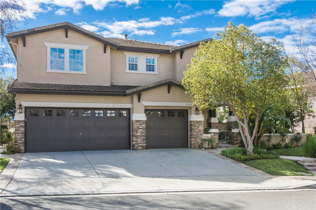Property for sale at 27816 Pine Crest Place, Castaic,  CA 91384