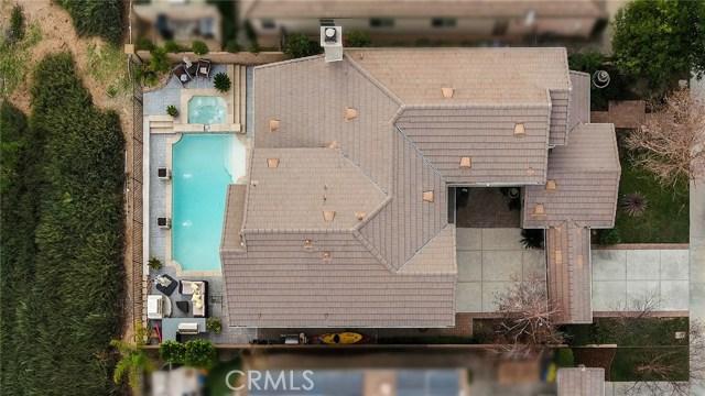 14690 Corkwood Drive, Moorpark CA: http://media.crmls.org/mediascn/a4d975dc-92ad-4e7a-a524-abc86895f1d9.jpg