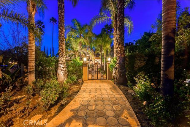 5316 Lubao Avenue, Woodland Hills, CA 91364