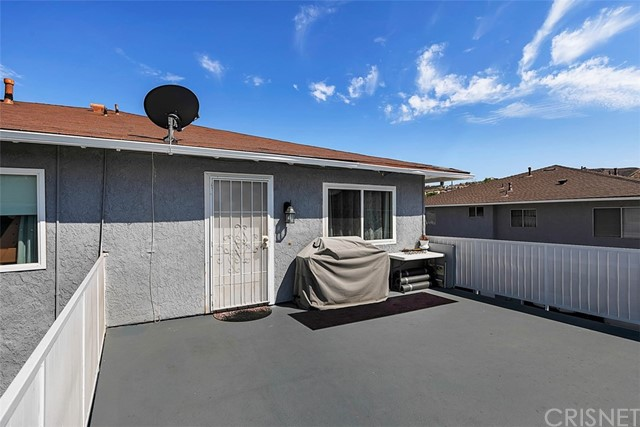 28071 Robin Av, Saugus, CA 91350 Photo