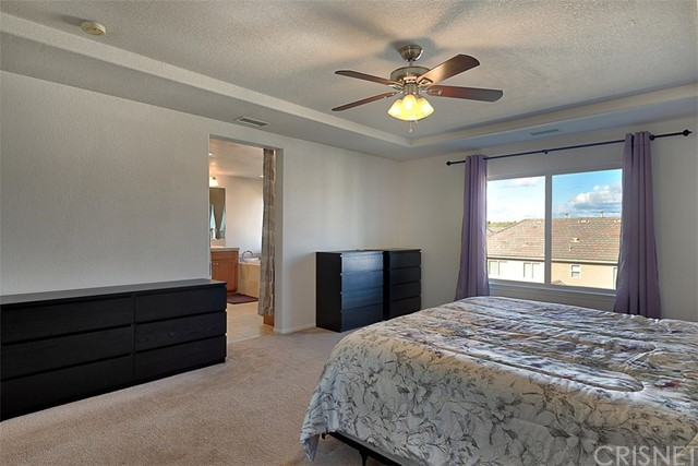 17225 Summer Maple Way, Canyon Country CA: http://media.crmls.org/mediascn/a5ac730b-def0-4d18-b2ba-cd86cf54f966.jpg