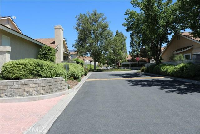 22940 Banyan Place Unit 317 Saugus, CA 91390 - MLS #: SR18117110