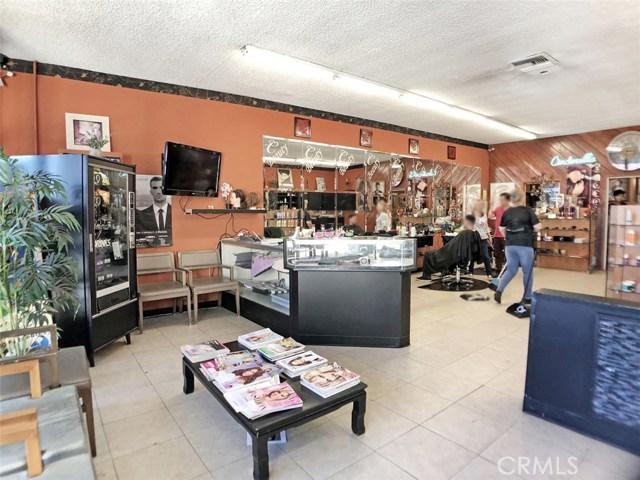 14051 Sherman Way, Van Nuys CA: http://media.crmls.org/mediascn/a65b3d36-cce5-4008-94ef-672a08ba2ae0.jpg