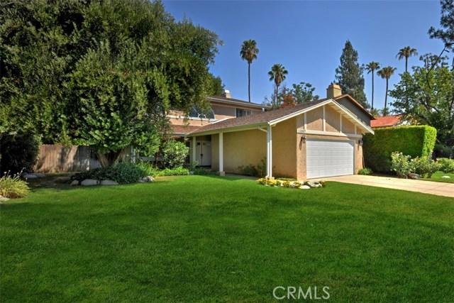 23307 Weller Place, Woodland Hills CA: http://media.crmls.org/mediascn/a673cbda-0656-4a35-935f-4b5f6b9f38be.jpg