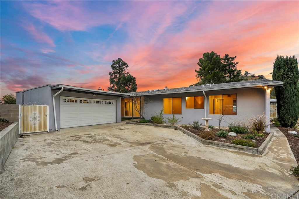 9515 CRYSTAL VIEW Drive