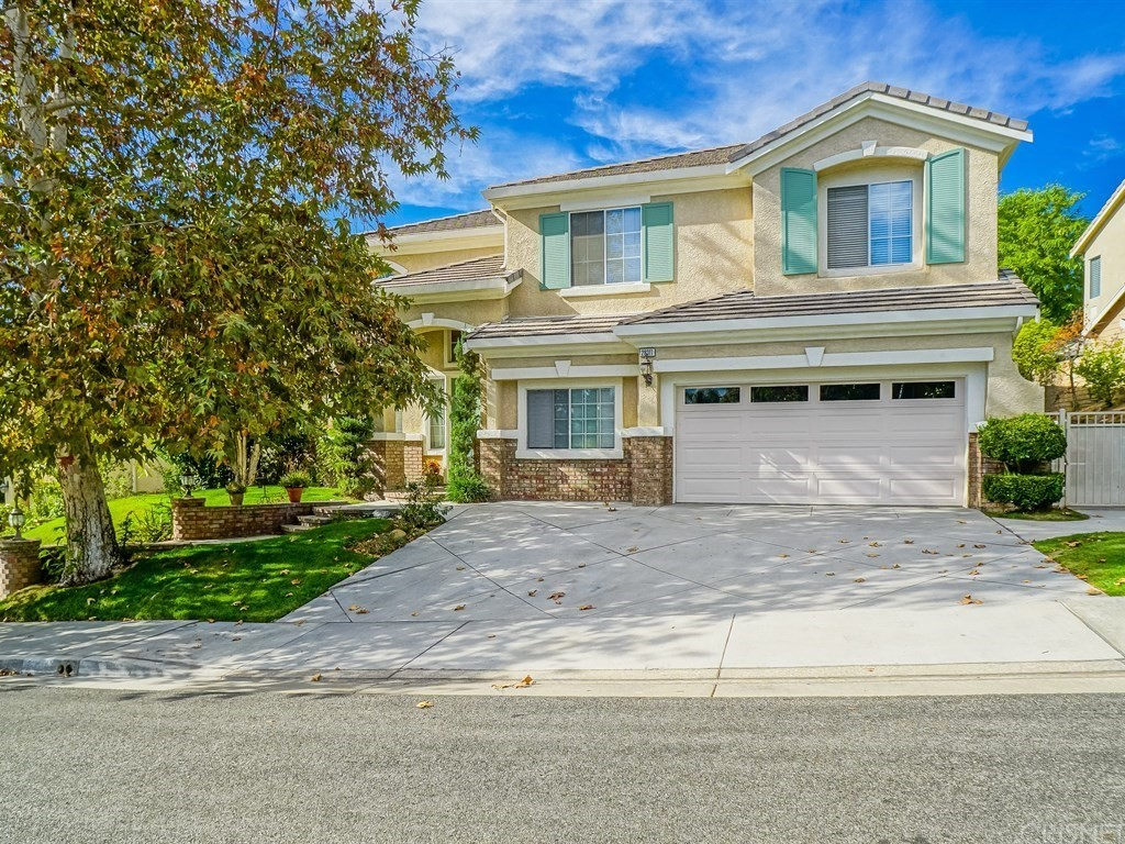 Property for sale at 28311 Infinity Circle, Saugus,  CA 91390