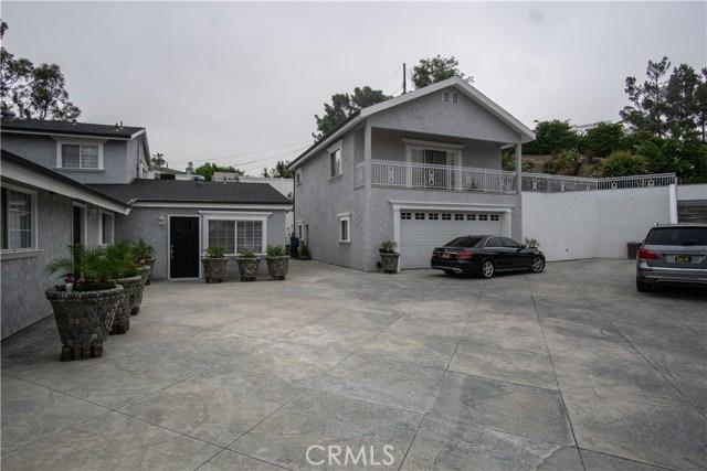 12321 Luna Place, Granada Hills CA: http://media.crmls.org/mediascn/a7136ea0-a5db-4a69-8858-bb7a78d3fc7d.jpg