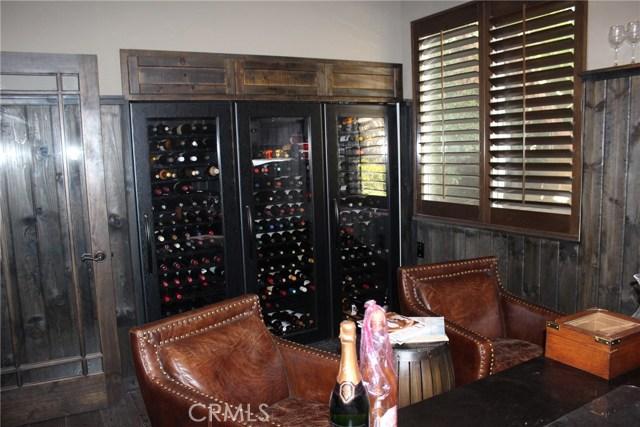 26452 Beecher Lane, Stevenson Ranch CA: http://media.crmls.org/mediascn/a73c36ba-30e9-4a0f-accd-9874dac0d55e.jpg